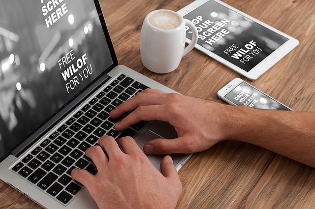 Jak začít vydělávat na internetu